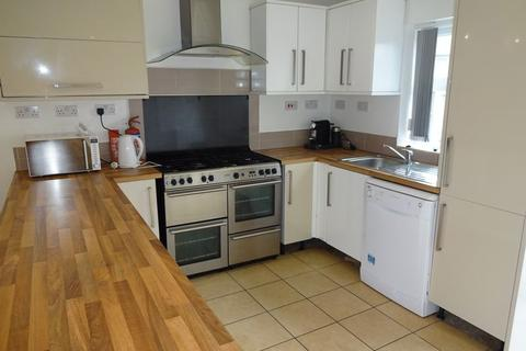 6 bedroom house share to rent - Charnock Avenue, Nottingham