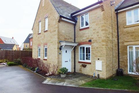 2 bedroom terraced house to rent - Butterfield Court, Bishops Cleeve, Cheltenham