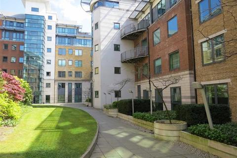 2 bedroom apartment to rent - City South, City Road East, Southern Gateway