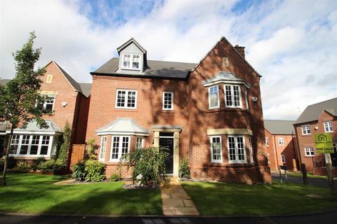5 bedroom detached house for sale - Jarrett Walk, Muxton, Telford