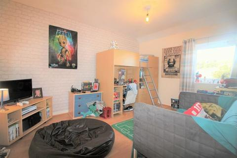 2 bedroom terraced house for sale - High Street, Newchapel