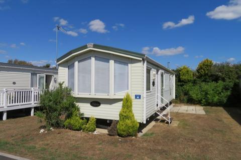 2 bedroom static caravan for sale - Away Resorts, East Mersea