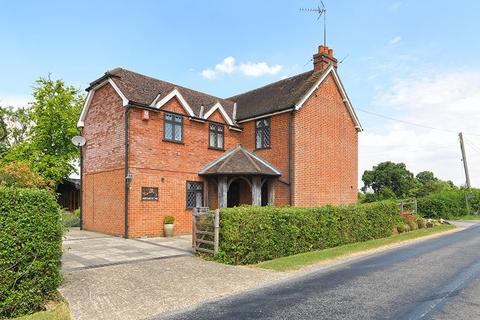 5 bedroom detached house for sale - Two Mile Ash Road, Horsham, RH13