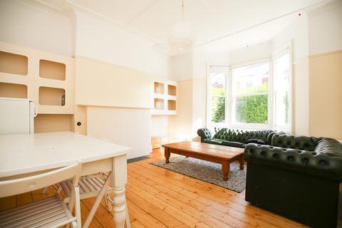 6 bedroom terraced house to rent - Buston Terrace, Jesmond, Newcastle Upon Tyne
