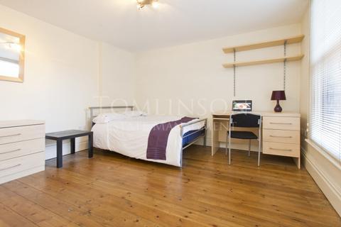 8 bedroom semi-detached house to rent - Derby Road, Lenton, Nottingham