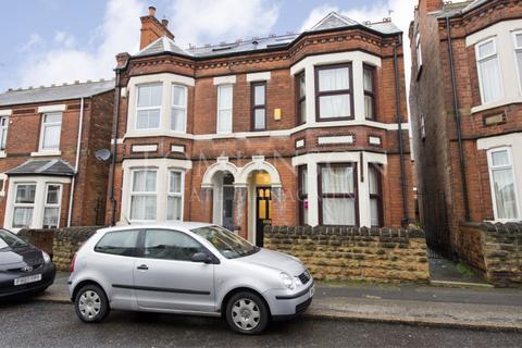 6 bedroom semi-detached house to rent - Dunlop Avenue, Lenton, Nottingham