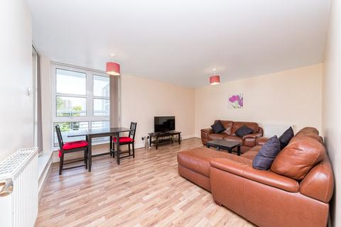 2 bedroom apartment to rent - Barrier Point Road, London, E16