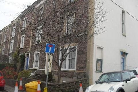 3 bedroom house share to rent - Upper Bellevue Cres, Clifton, Bristol, Bristol, BS8