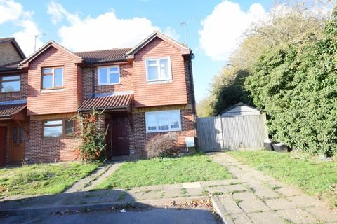 2 bedroom semi-detached house to rent - Westminster Way, Reading, Berkshire, RG6