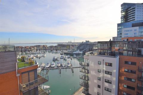 2 bedroom flat for sale - Sirocco, Channel Way, Ocean Village, Southampton, Hampshire