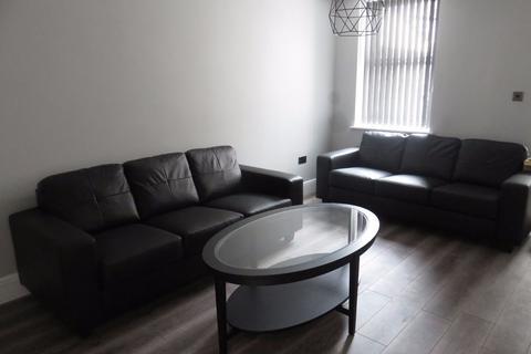 6 bedroom terraced house to rent - Albert Edward Rd, Kensington Fields