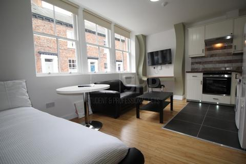 Studio to rent - George House, Piccadilly Court, York, YO1