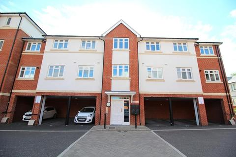 2 bedroom apartment for sale - Mary Munnion Quarter, Chelmsford, CM2