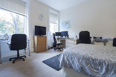 4 bedroom semi-detached house to rent - 9 Kings Mill Lane, Huddersfield, HD1