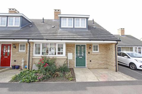 2 bedroom terraced bungalow for sale - Charles Close, Bourne