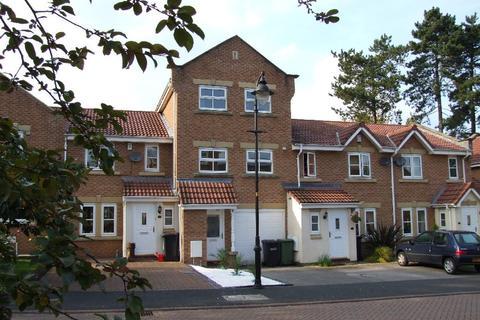 3 bedroom mews to rent - Bramhall Way, Macclesfield