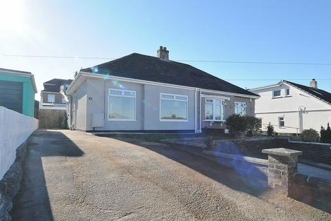 2 bedroom semi-detached bungalow for sale - Higher Mowles, Plymouth. Beautifully presented and refurbished 2 bedroom bungalow.