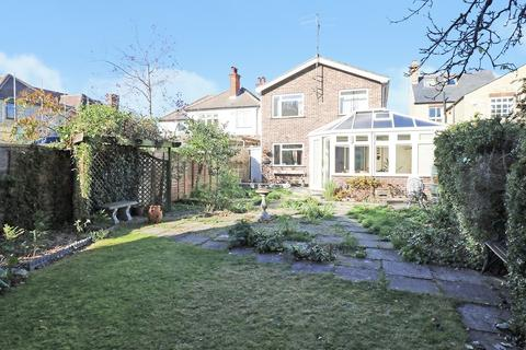 4 bedroom detached house for sale - Leys Road, Cambridge