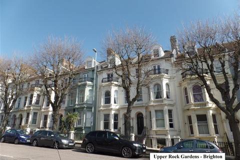 Studio to rent - Upper Rock Gardens, Brighton, East Sussex