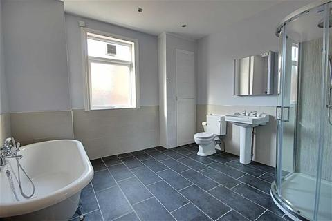 5 bedroom terraced house to rent - Lawe Road, South Shields, Tyne And Wear