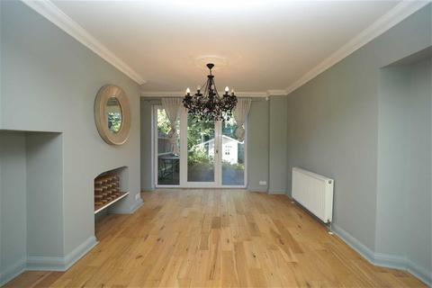 3 bedroom semi-detached house for sale - Brinklow Crescent, Shooters Hill, London, SE18
