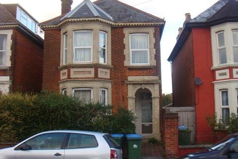 7 bedroom terraced house to rent - Gordon Avenue