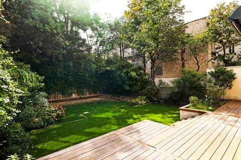 5 bedroom apartment  - Neuilly-Sur-Seine, Hauts-De-Seine, Ile-De-France