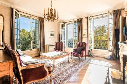 5 bedroom apartment  - Paris 04, Paris, Ile-De-France