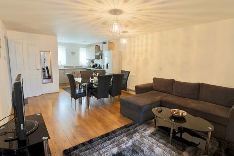 1 bedroom ground floor flat to rent - SLOUGH, BERKSHIRE