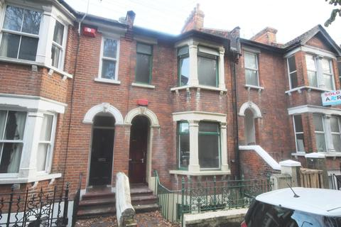 1 bedroom house share to rent - Boundary Road, Chatham, ME4