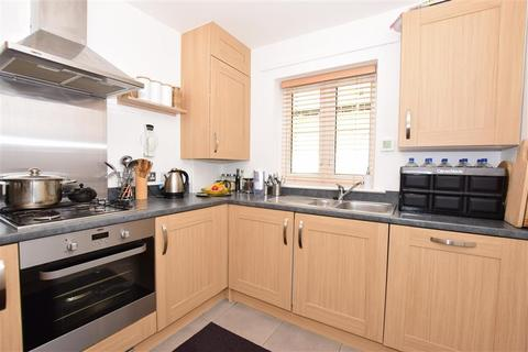 3 bedroom townhouse for sale - Samuel Peto Way, Willesborough, Ashford, Kent