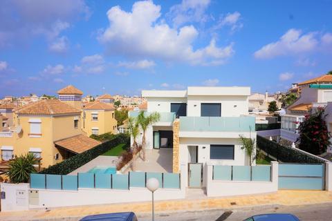 3 bedroom villa - Villamartin