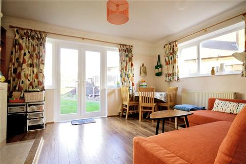 2 bedroom semi-detached bungalow for sale - Harding Way, Cambridge, CB4