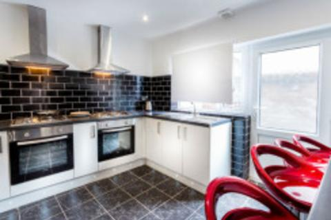 6 bedroom house share to rent - 81 Sheil Road, Liverpool