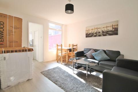 1 bedroom terraced house to rent - Malden Rd, Kensington