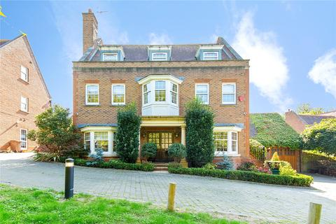 5 bedroom detached house for sale - Hanover Place, Warley, Brentwood, Essex, CM14