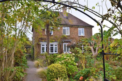 4 bedroom detached house for sale - Main Street, Great Casterton, Stamford