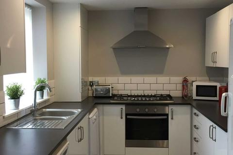 6 bedroom apartment to rent - Romer Road, Liverpool **No student application fees**