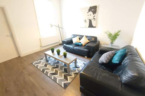 3 bedroom terraced house to rent - Frost Street