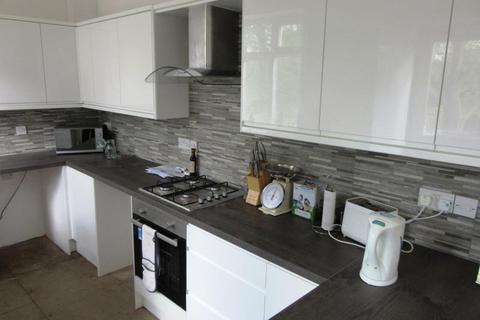 6 bedroom semi-detached house to rent - NEWLANDS ROAD HIGH WEST JESMOND (NEWLA85)