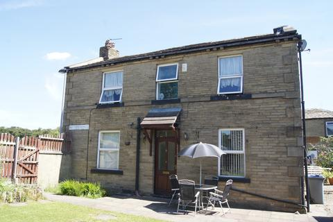 3 bedroom detached house for sale - Wesley Place, Low Moor, BD12