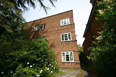 Studio to rent - Archers, Archers Road, Southampton