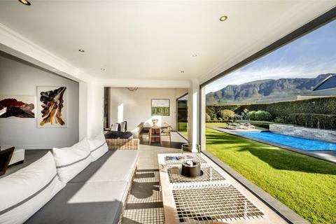 4 bedroom house  - 5 Uitsig Close, Constantia, Cape Town, Western Cape