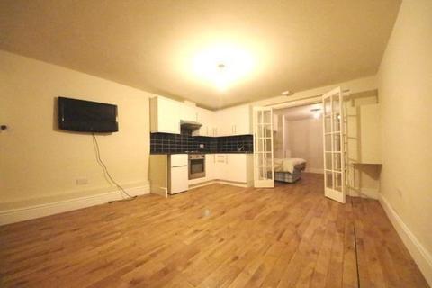 1 bedroom flat to rent - Mulgrave Road, Sutton, London, SM2 6LZ