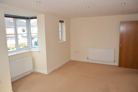 2 bedroom apartment to rent - Langdon Road, Lower Parkstone