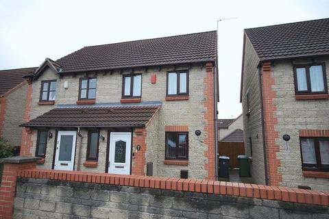 3 bedroom terraced house to rent - 9 Memorial Road, Hanham, Bristol