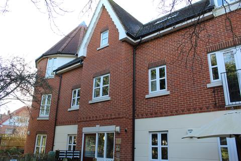 2 bedroom apartment to rent - Wessex Gate, Shinfield Road, Reading