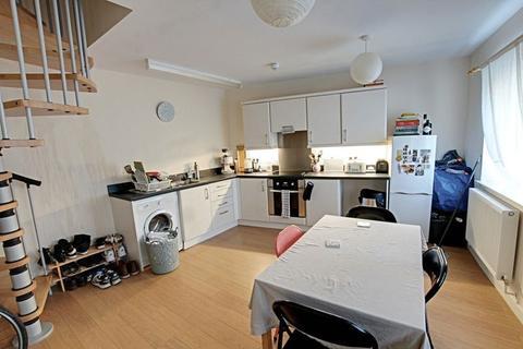 2 bedroom apartment to rent - Wells Road, Bath