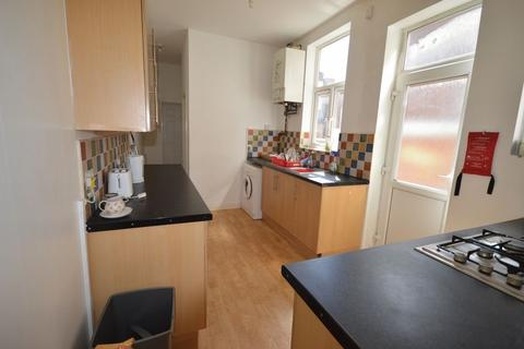 5 bedroom terraced house to rent - Norman Street, LE3 - 5 Bedroom Student Property To Let