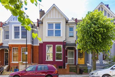 5 bedroom terraced house for sale - Gunton Road, London